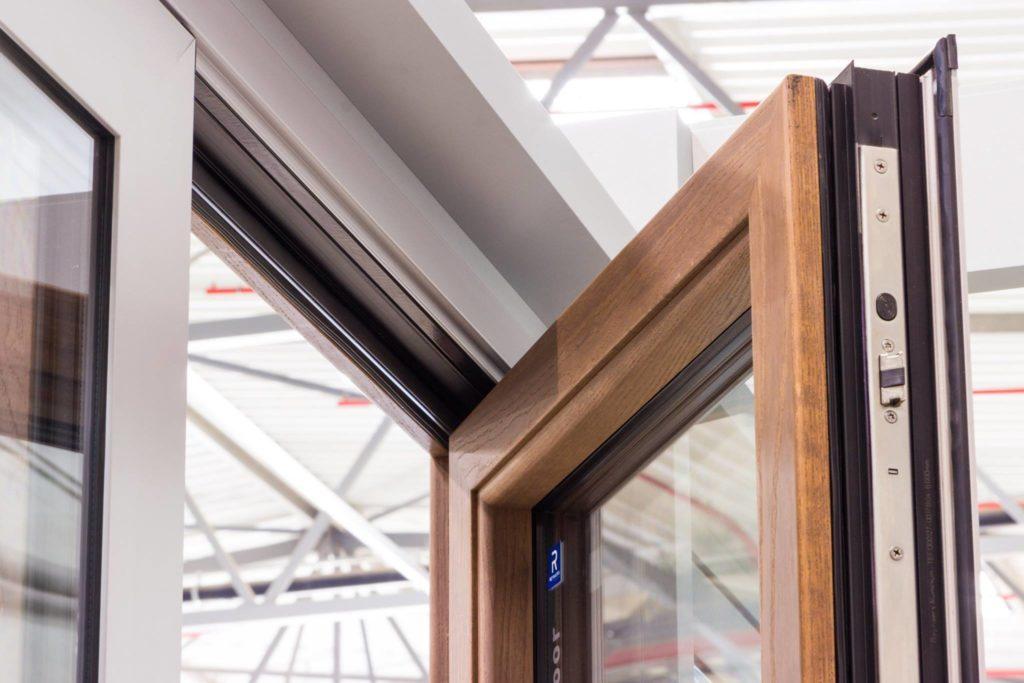 Мы используем отборную древесину, инновационные технологии.